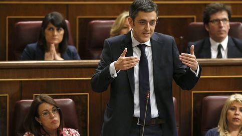 Madina y Sémper, fuera del Congreso:   Cantó, Lozano y Tania Sánchez, dentro