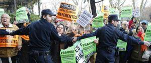 Foto: El juez ignora al fiscal e investigará a directivos de Caja Madrid que diseñaron las preferentes