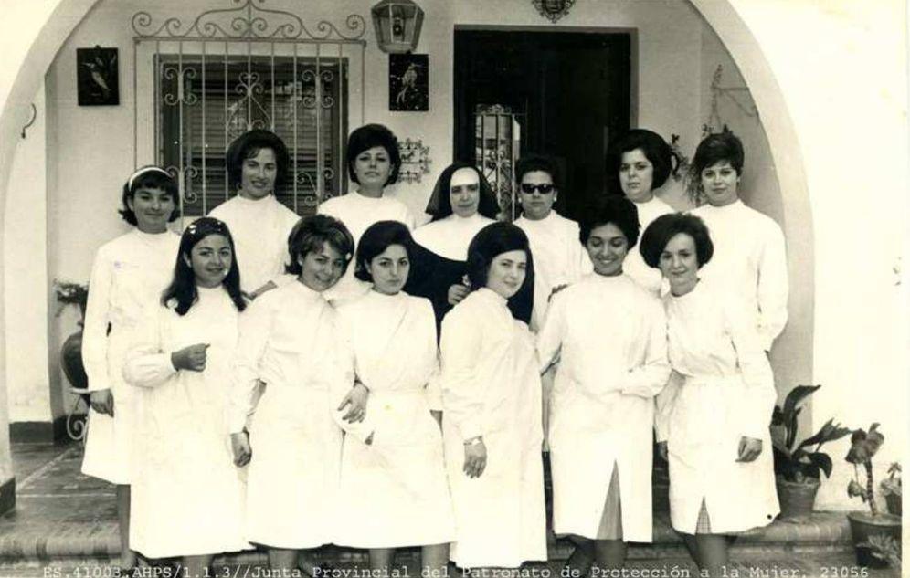 Foto: Menores del Patronato de Sevilla. (Imagen del archivo histórico de la Junta de Andalucía)