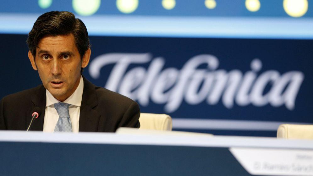 Foto: Álvarez-Pallete, en una junta de accionistas. (Reuters)