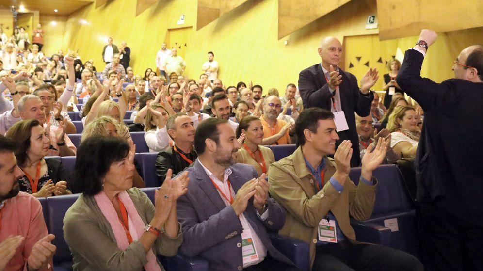 Foto: Miquel iceta, durante su intervención en la apertura del congreso de lPSE
