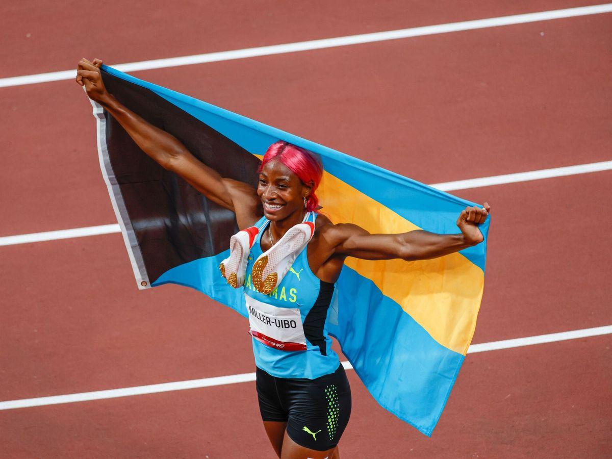 Foto: La bahameña Shaunae Miller-Uibo celebra su medalla de oro en 400 metros. (EFE)