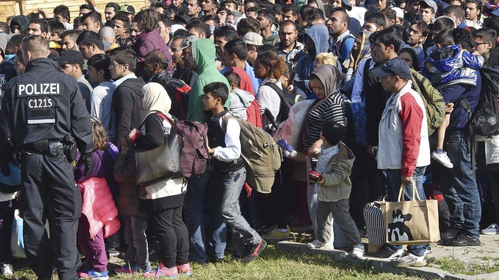 Foto: Un grupo de refugiados llega a Alemania. (EFE)