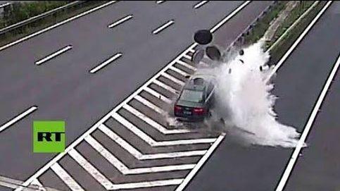 El violento choque a toda velocidad en una carretera de China