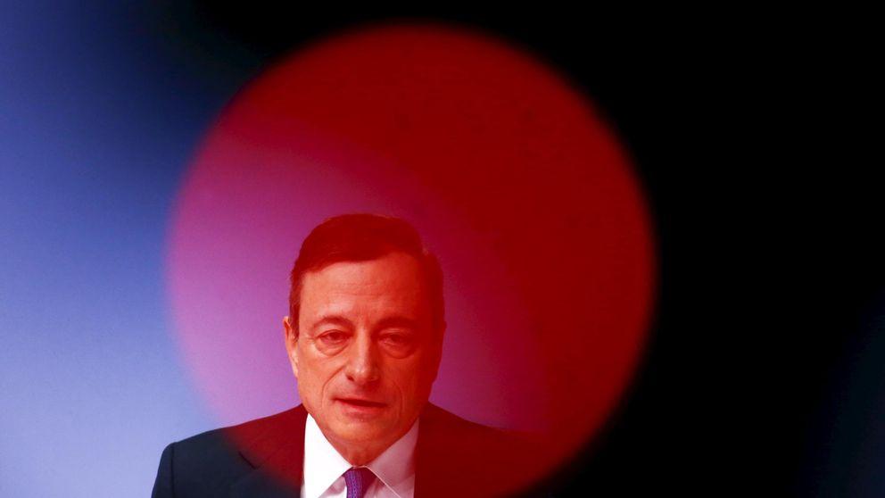 Draghi admite el efecto de la crisis emergente y enfatiza que está listo para actuar