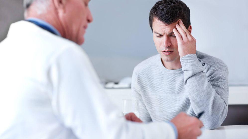 Foto: Paciente con migraña. (iStock)