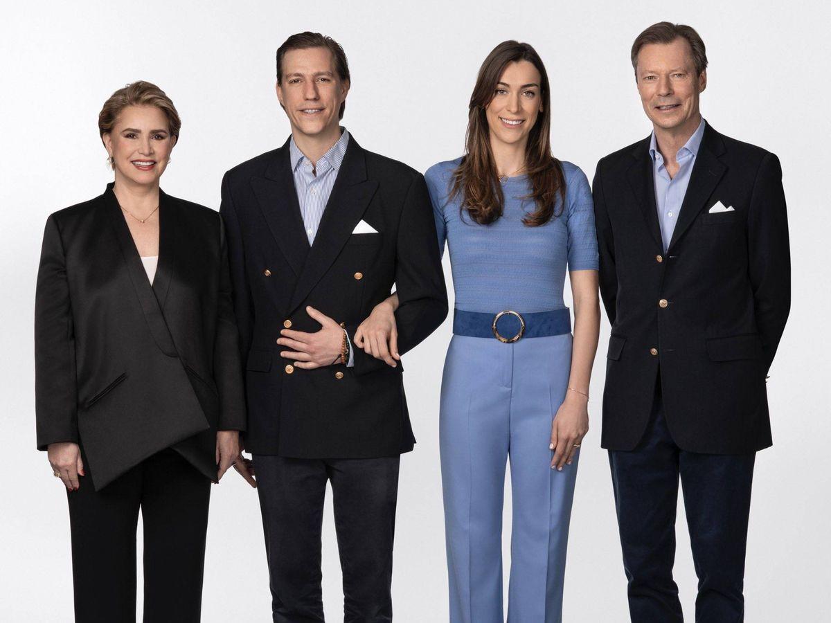 Foto: Los grandes duques de Luxemburgo, junto a Louis y Scarlett. (Cour Grand-Ducale)