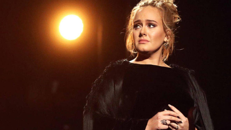 La polémica foto de Adele en bikini, ¿por qué todo el mundo está escandalizado?