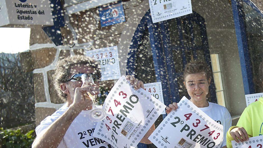 Foto: Ganadores de la Lotería de Navidad.