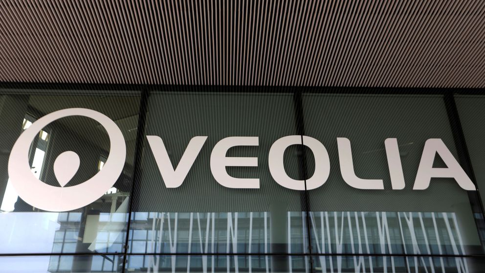 La francesa Veolia no descarta lanzar una OPA hostil sobre Suez