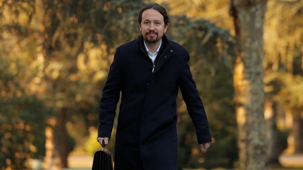 Menos rojo, más ministros y muchas corbatas... La foto de familia del nuevo Gobierno