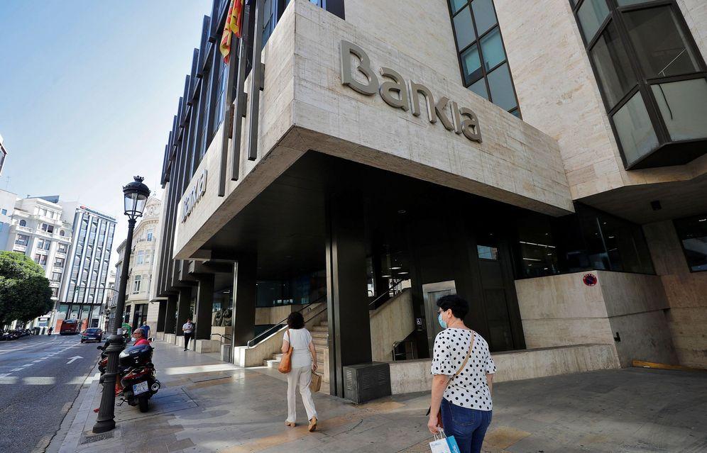 Foto: Imagen tomada este viernes de la sede social de Bankia. (EFE)
