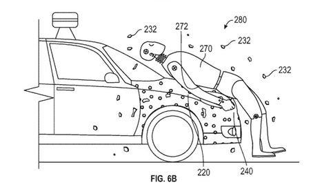 Coches pegajosos y bozales humanos: las patentes más absurdas de la tecnología