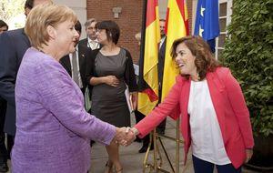 ¿La suucesora de Rajoy? 'Der Spiegel' elogia a Soraya