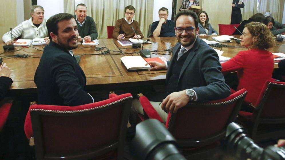Foto: PSOE, Podemos, IU y Compromís se reunieron para formar un pacto de izquierdas el 22 de febrero. (EFE)