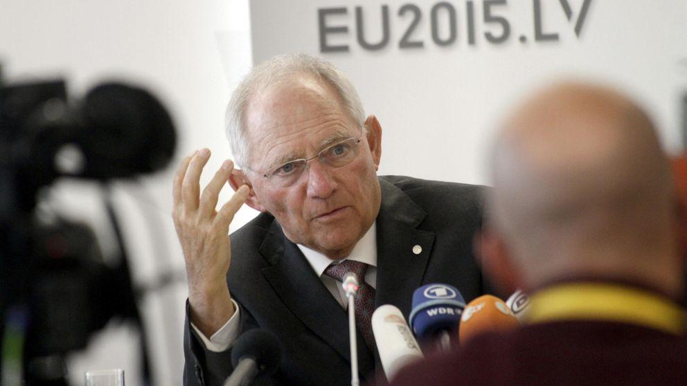 Berlín plantea una salida del euro de Grecia por cinco años, según un diario