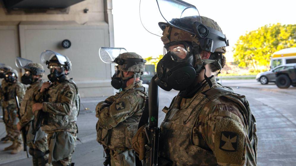 Foto: Efectivos de la Guardia Nacional en Minesota. (Minnesota National Guard)