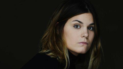 La poeta Elvira Sastre gana el Biblioteca Breve de Novela a sus 27 años