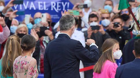 Álbum: todas las imágenes de Felipe VI, Letizia y sus hijas en Galicia