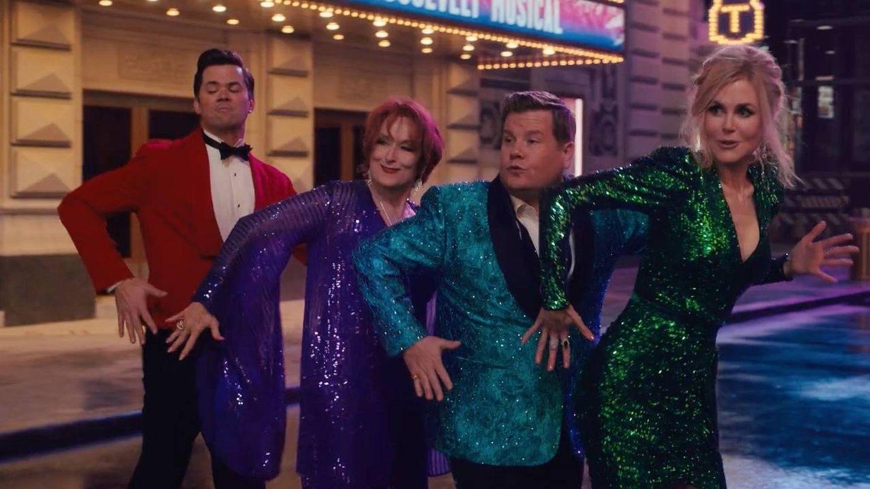 Nicole Kidman, Meryl Streep, James Corden y Andrew Rannells en 'The Prom'. (Netflix)