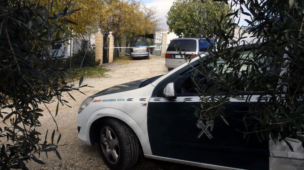 Foto: Imagen de archivo de un coche de la Guardia Civil. (EFE)