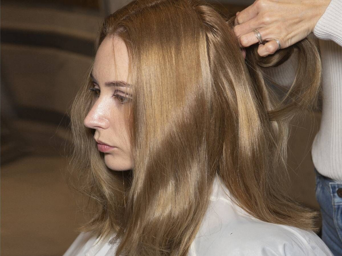 Foto: Las ondas retro se han convertido en uno de los peinados tendencia del momento. (Imaxtree)