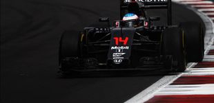 Post de El sopor de este McLaren: Alonso mira el reloj para ver si termina la jornada