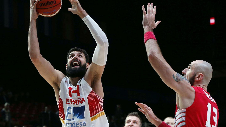 Mirotic terminó con 15 puntos y 8 rebotes (Efe)