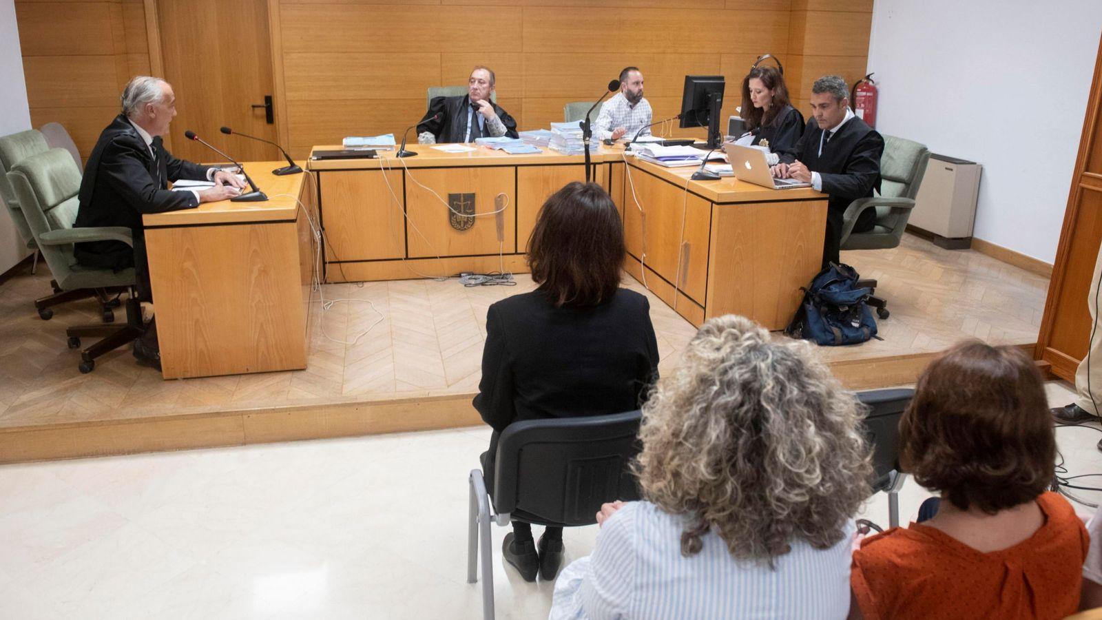 Foto: El juicio contra Juana Rivas en Granada | EFE