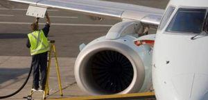 Las aerolíneas, en la cuerda floja: la escalada del crudo recortará en 500 millones sus beneficios
