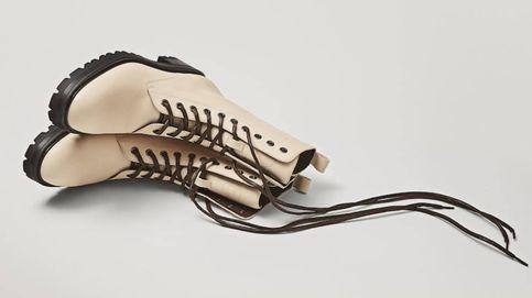 Ahora es el momento de comprarte estos botines militares de Massimo Dutti