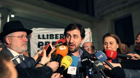 Puigdemont ofrece a Toni Comín ir de dos en la lista de JxCAT para las europeas