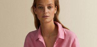 Post de Massimo Dutti tiene unas camisas preciosas de lino rebajadas a 30 euros que se quedarán sin stock muy pronto