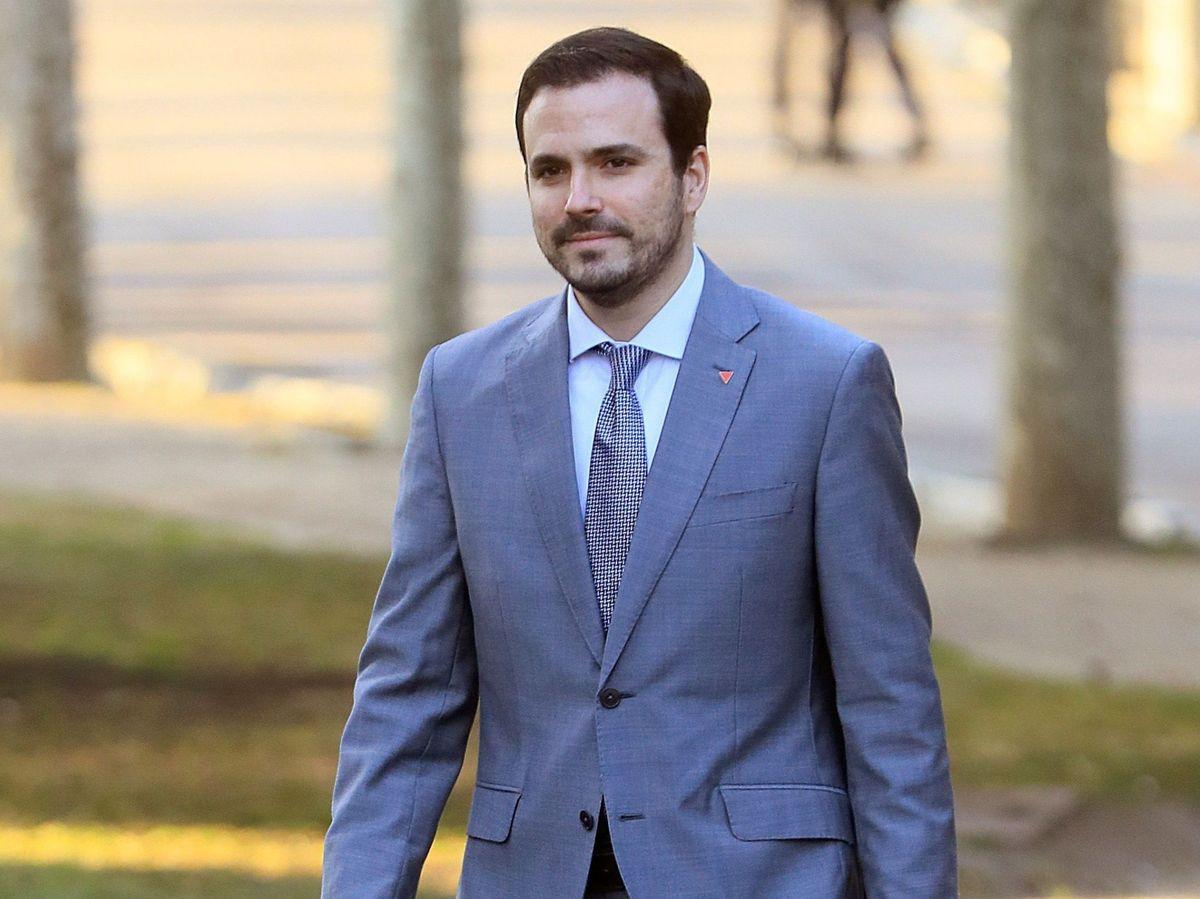 Foto: Alberto Garzón, en el primer Consejo de Ministros del Gobierno de coalición en 2020. (EFE)