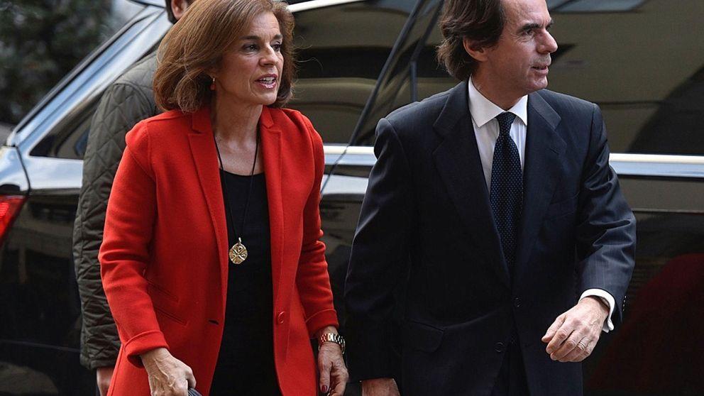 Rajoy se desprende de cargos próximos a José María Aznar