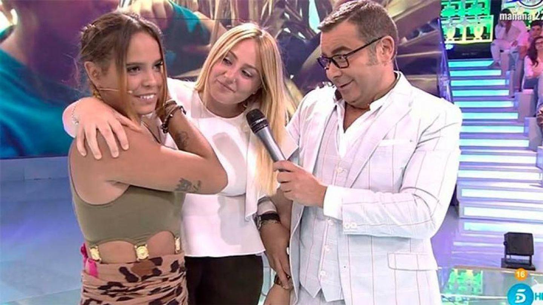 Gloria Camila, Rocío Flores y Jorge Javier,  en 'Supervivientes'.