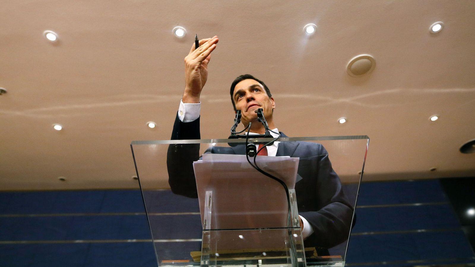 Foto: Pedro Sánchez, durante una rueda de prensa en el Congreso el pasado 2 de febrero. (EFE)