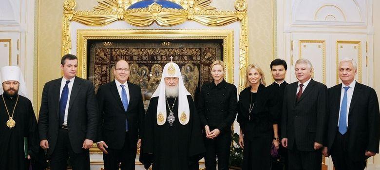 Foto: Una de las imágenes de Corinna junto a los Grimaldi (Foro Realeza)