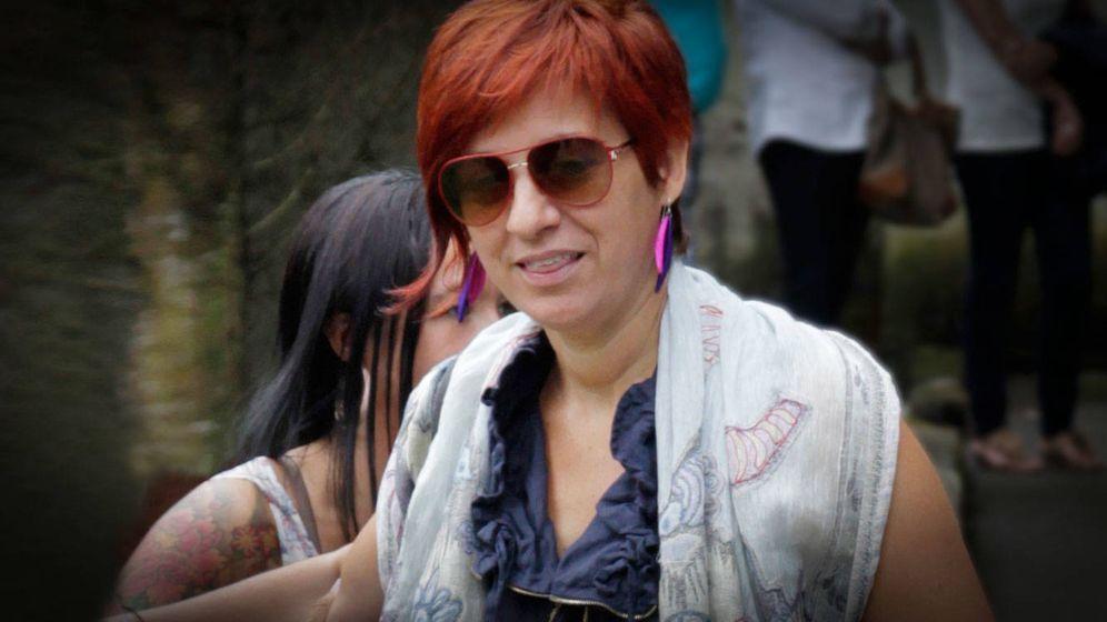 Foto:  Sandra Ortega Mera durante el entierro de Rosalía Mera en Oleiros, en 2013. (Gtres)