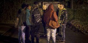 Post de Los 'búhos' que recogen migrantes en Irún y los mandan rumbo a Francia