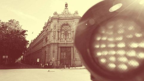 La banca española cuenta con 124.300 M en deuda pública con riesgo político