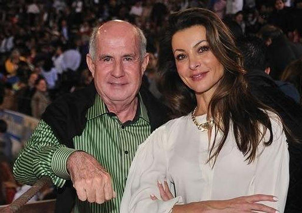 Foto: Juan Antonio Pérez Simón y Silvia Gómez Cuétara, en una imagen cedida por ABC