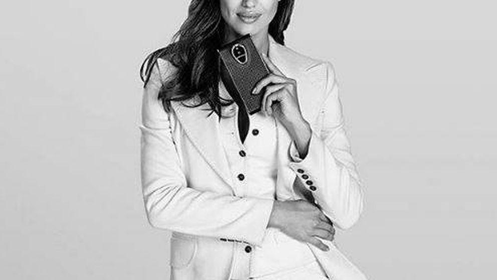 Irina Shayk se da un capricho de 15.000 euros: un móvil a prueba de hackers