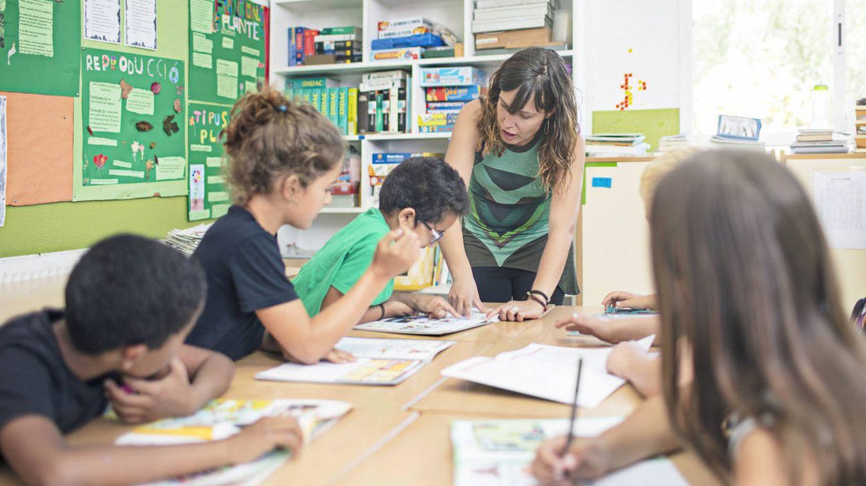 Las paradojas de la educación española: bajo gasto, alto coste salarial y una buena noticia