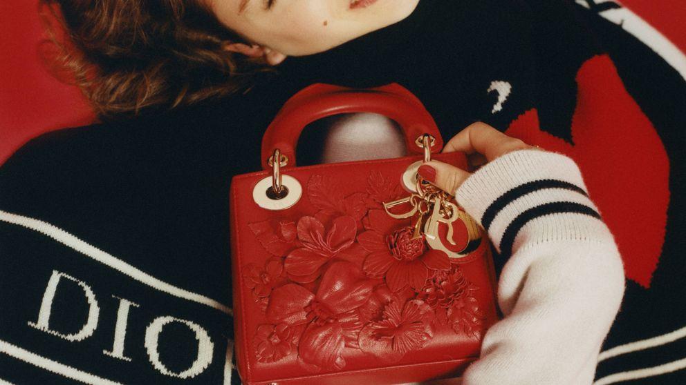 Minibolsos de lujo, la tendencia que desearás tener