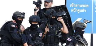 Post de A Tailandia le explota en las manos su adicción a las armas
