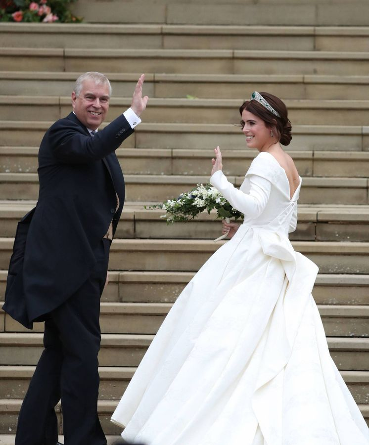 Foto: La princesa Eugenia entrando a la capilla. (Cordon Press)