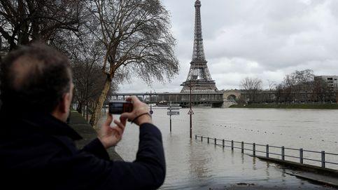 Las fuertes lluvias desbordan el Sena