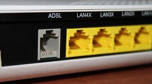 Una multa por no devolver el 'router' que resulta inevitable (además de ilegal)