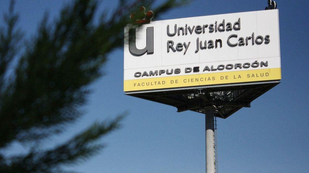 Foto: Cartel de entrada al campus de Alcorcón de la Universidad Rey Juan Carlos. (Google)